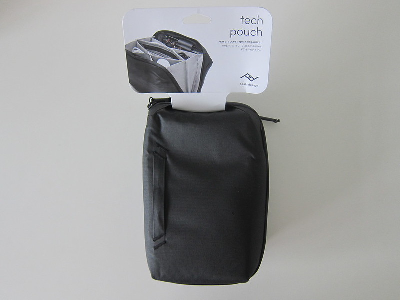 Peak Design Tech Pouch -  Packaging Contents