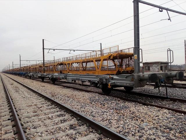 Laagrss 41 71 437 8 XXX-x E-RENFE, MC5-490.xxx (Madrid-Vicálvaro Clasificación, Enero-2019)