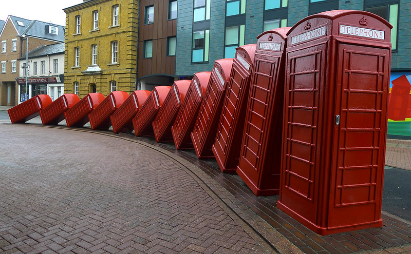 """David Mach Sculpture """"Out of Order"""", London"""