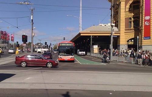Tourist shuttle bus, Flinders Street, April 2009
