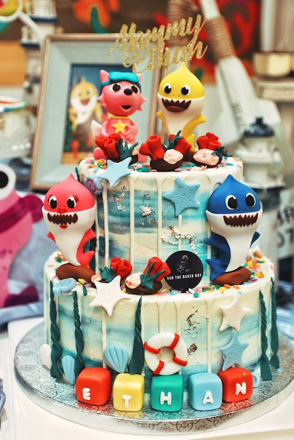 Bob The Baker Boy (Baby Shark Cake)
