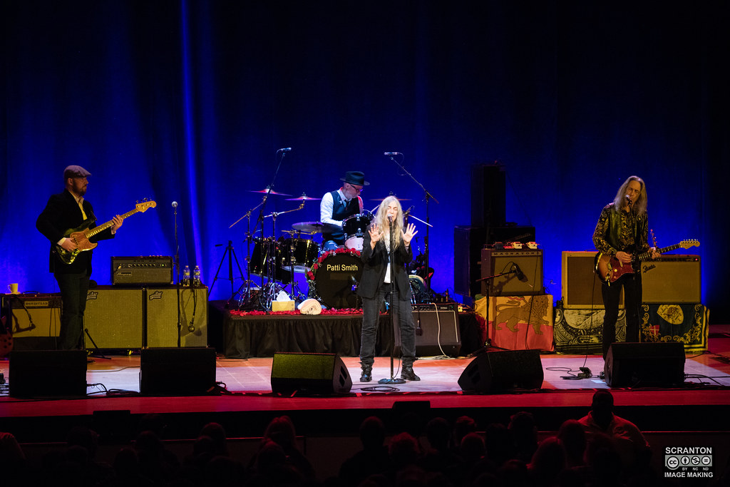 Patti Smith 4-27-19-444.jpg