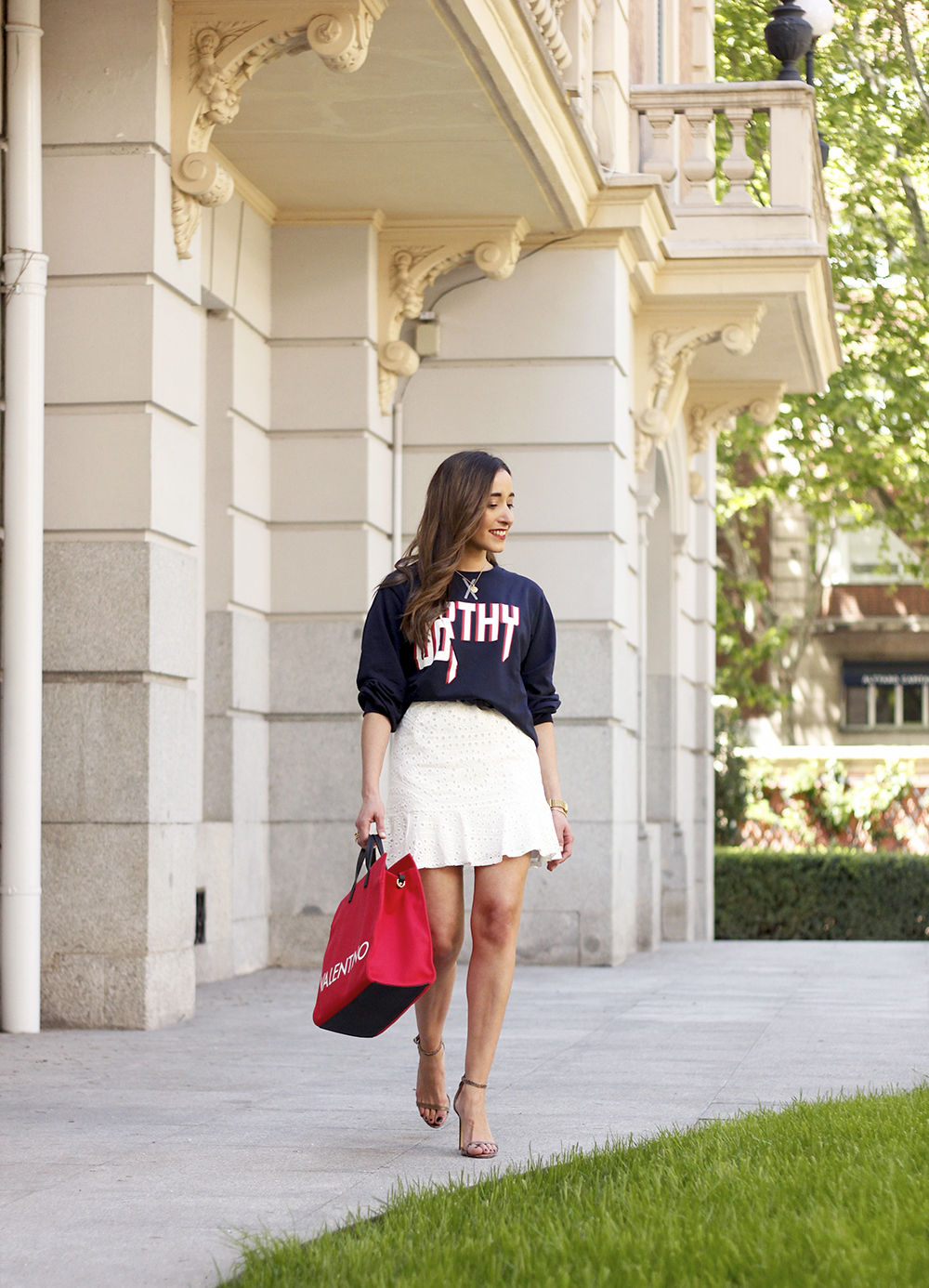 white skirt sweatshirt high heels valentinohandbags street style spring outfit3