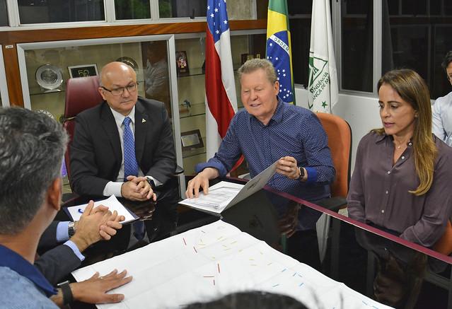 29.04.19. Prefeito Arthur Neto em reunião na SUFRAMA