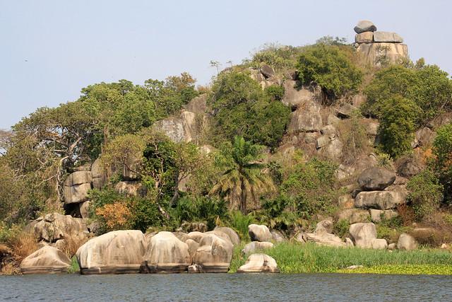 Cliffs of Saanane Island-2