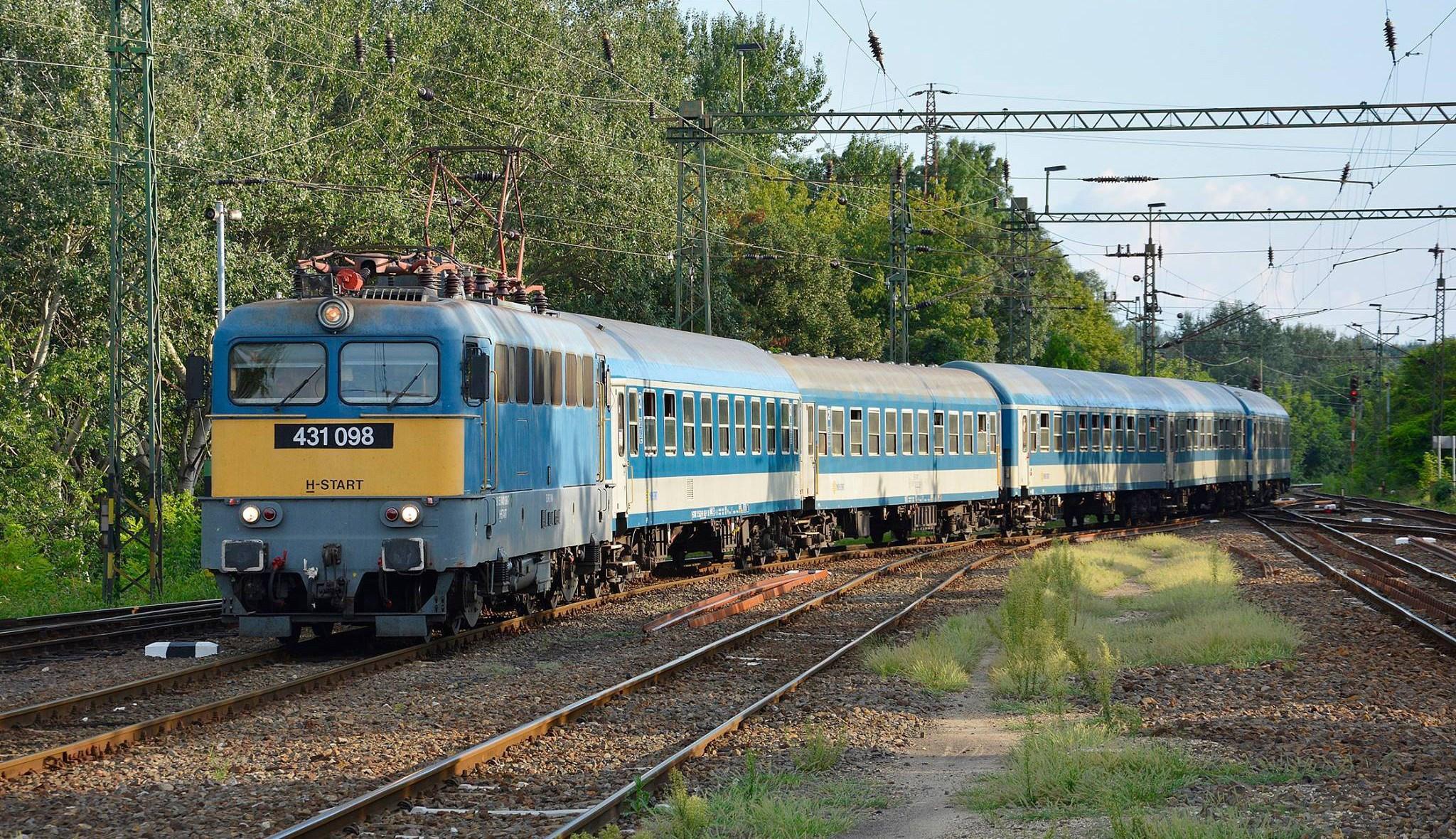 """Szeged-Budapest """"nonstop"""" InterCity jött"""