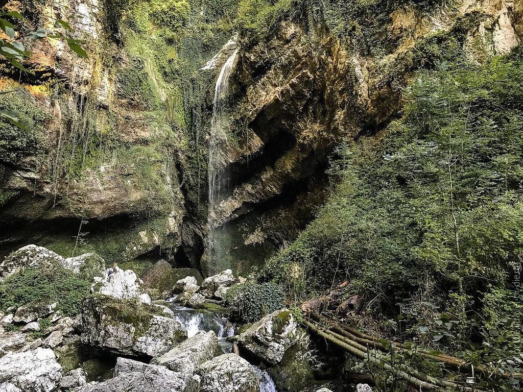 Водопад-Пасть-Дракона-Глубокий-Яр-7357