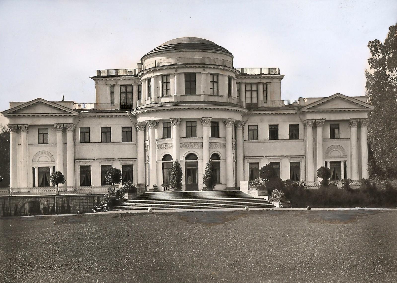 06. Елагинский дворец. Главный фасад