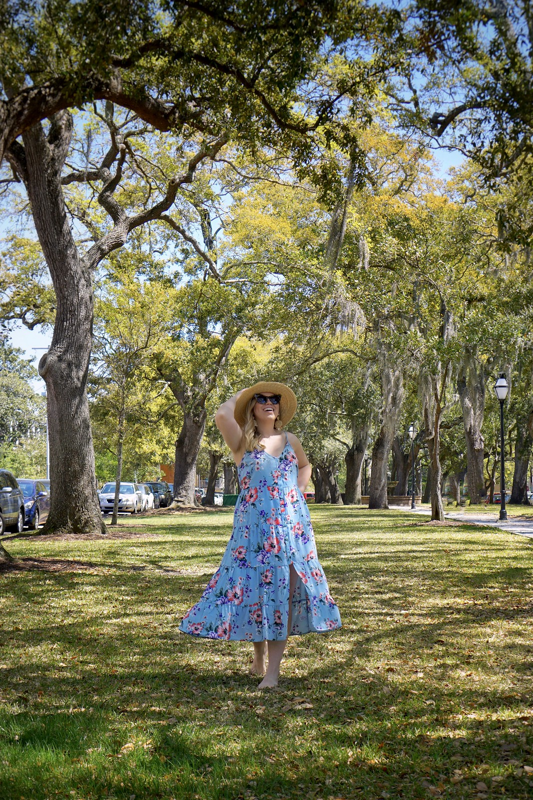 Blue Floral Midi Dress | Straw Hat Outfit | First Timer's Guide to 3 Days in Charleston South Carolina | What to do in Charleston | Charleston Travel Guide | Best Things to do in Charleston | Best Places to visit in Charleston | Summer Outfit Ideas | Charleston Outfit Ideas | Best Outfits for Vacation | Charleston Packing List | Spring Outfit Ideas