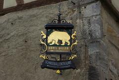 Hinweisschild zum Hotel Diller