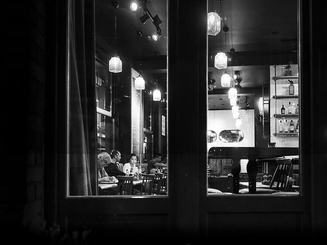 Café de nuit.