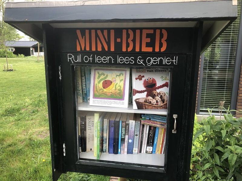 Minibieb RJ Schimmelpenninckhof Deventer