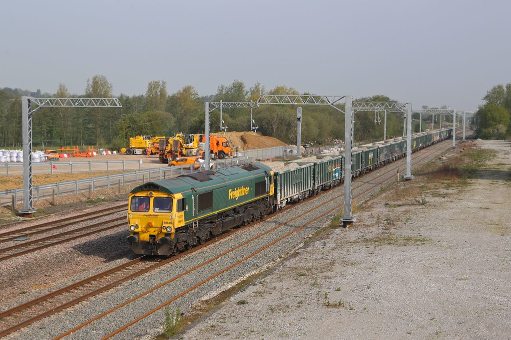 66616 at Finedon Sidings by Steve Madden