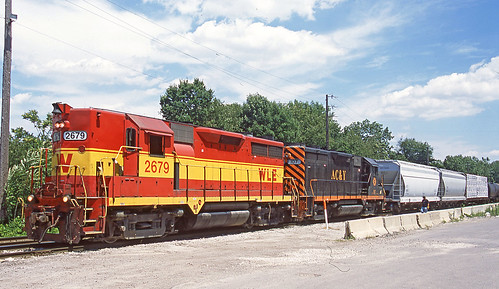wheelinglakeerie wheelinglakeerierailway wlemotivepower wlelocomotives wleinakronohio wleakronsubdivision