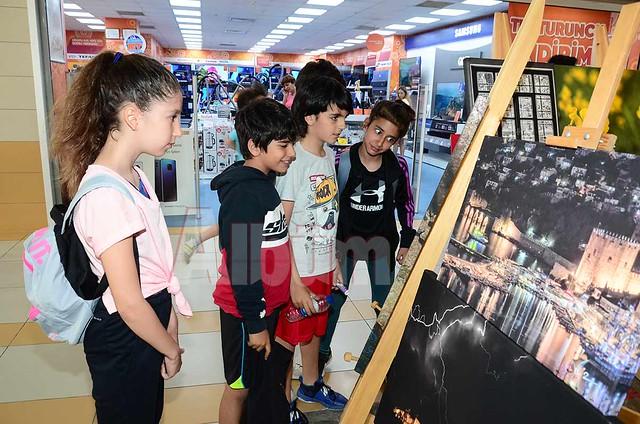 Ali Aral sergi açtı