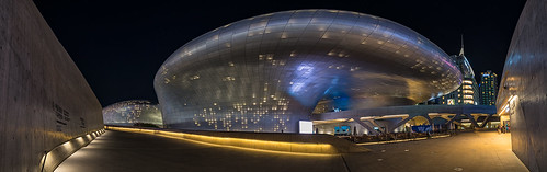 Midnight DDP Pano 1 | by singingsnapper