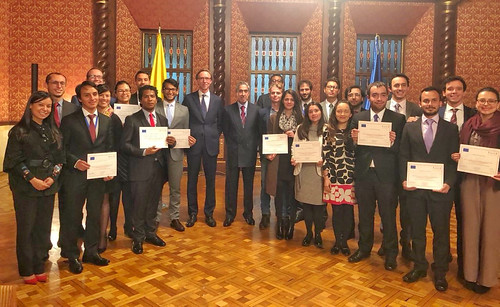 Courses on the EU in Colombia for young diplomats and journalists