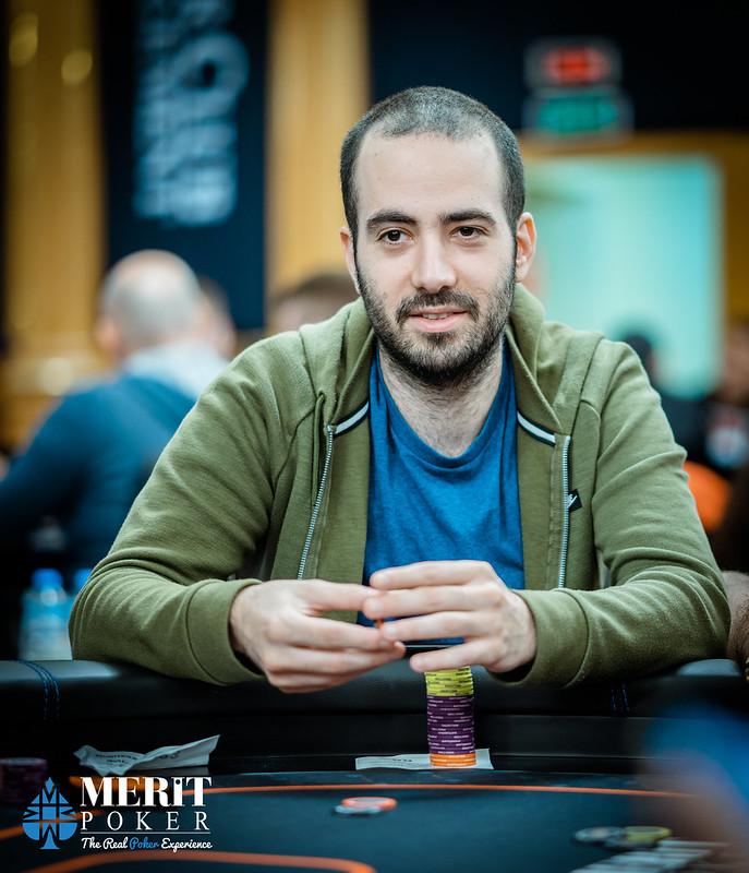 Онлайн покер на реальные деньги вулкан гаминатор игровые автоматы онлайнi