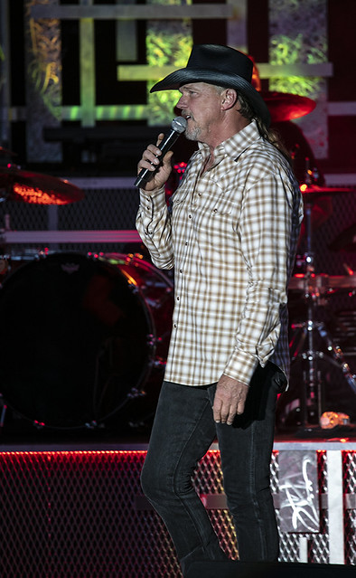 Trace Adkins (8)