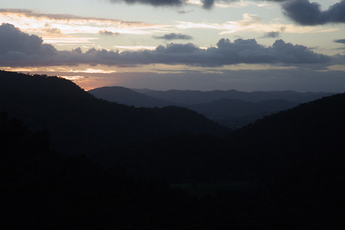 australia queensland sunshinecoast montville flaxton kondililla blackallrange sunset landscape mountains clouds sky sun