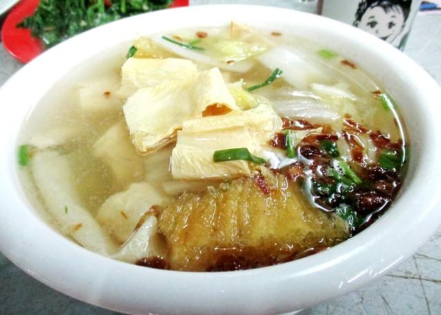 A-Plus clear fish maw soup