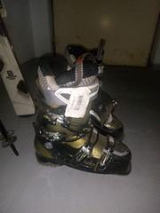 Sjezdové lyže Salomon dámské 159cm s vázáním, bota - titulní fotka