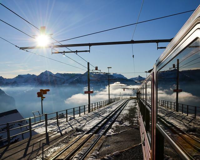 Vistas de las montañas desde el Jungfraubahn