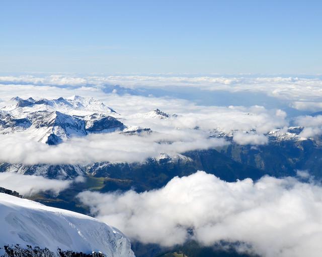 Vistas de los alpes que se ven al ir al Jungfraujoch