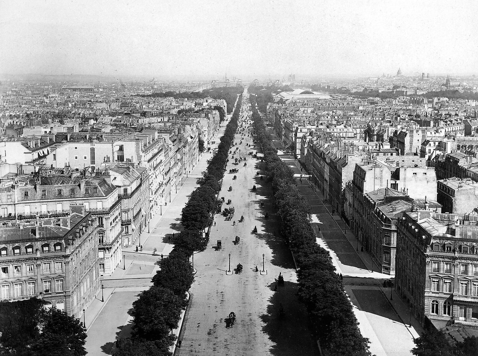 1870. Вид на Елисейские поля. Фотография была сделана с Триумфальной арки