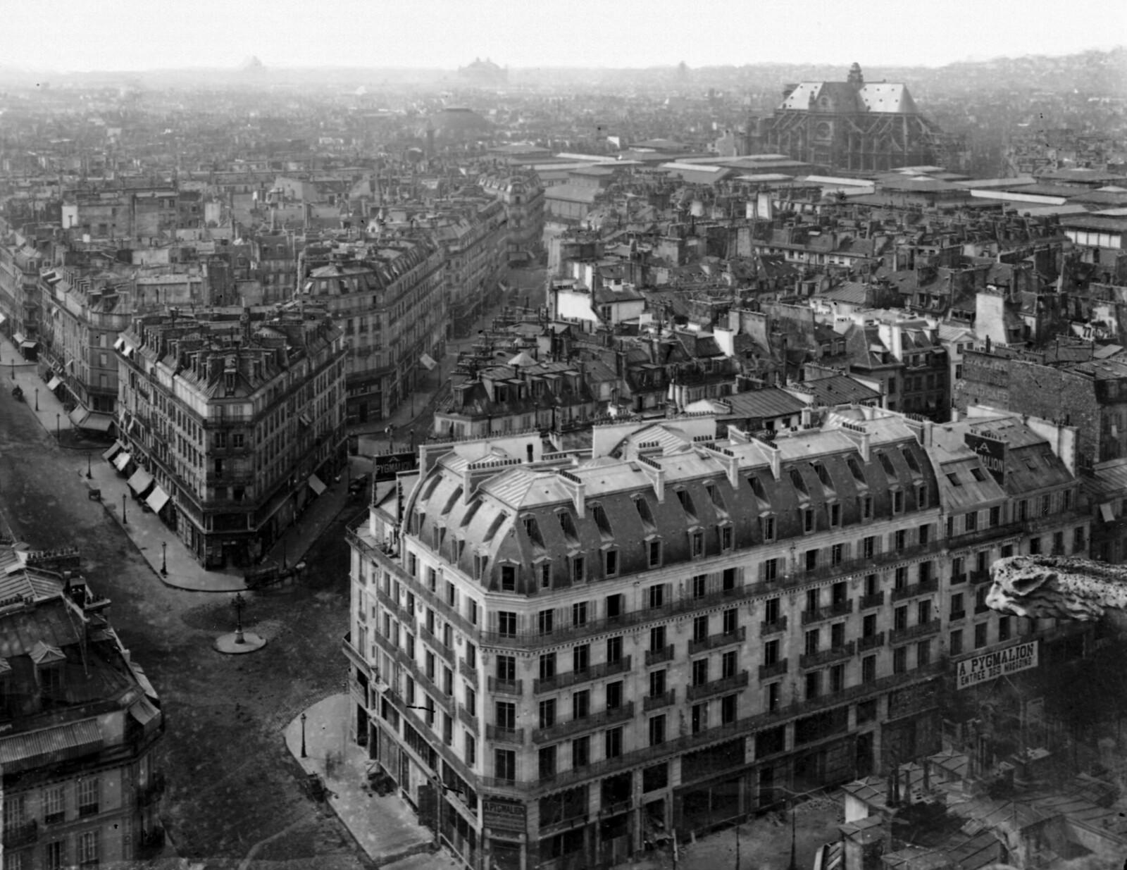 1865. Общий вид с церковью Сент-Эсташ, Севастопольским бульваром и улицей Риволи