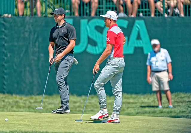 Rory McIlrory and Rickie Fowler 3rd Green Oakmont