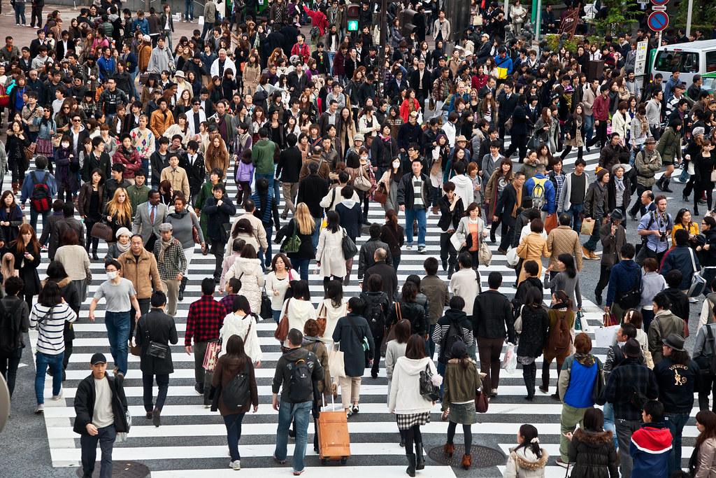 東京澀谷的人潮。 來源:Thomas La Mela/Shutterstock.com 圖片由IPBES提供。