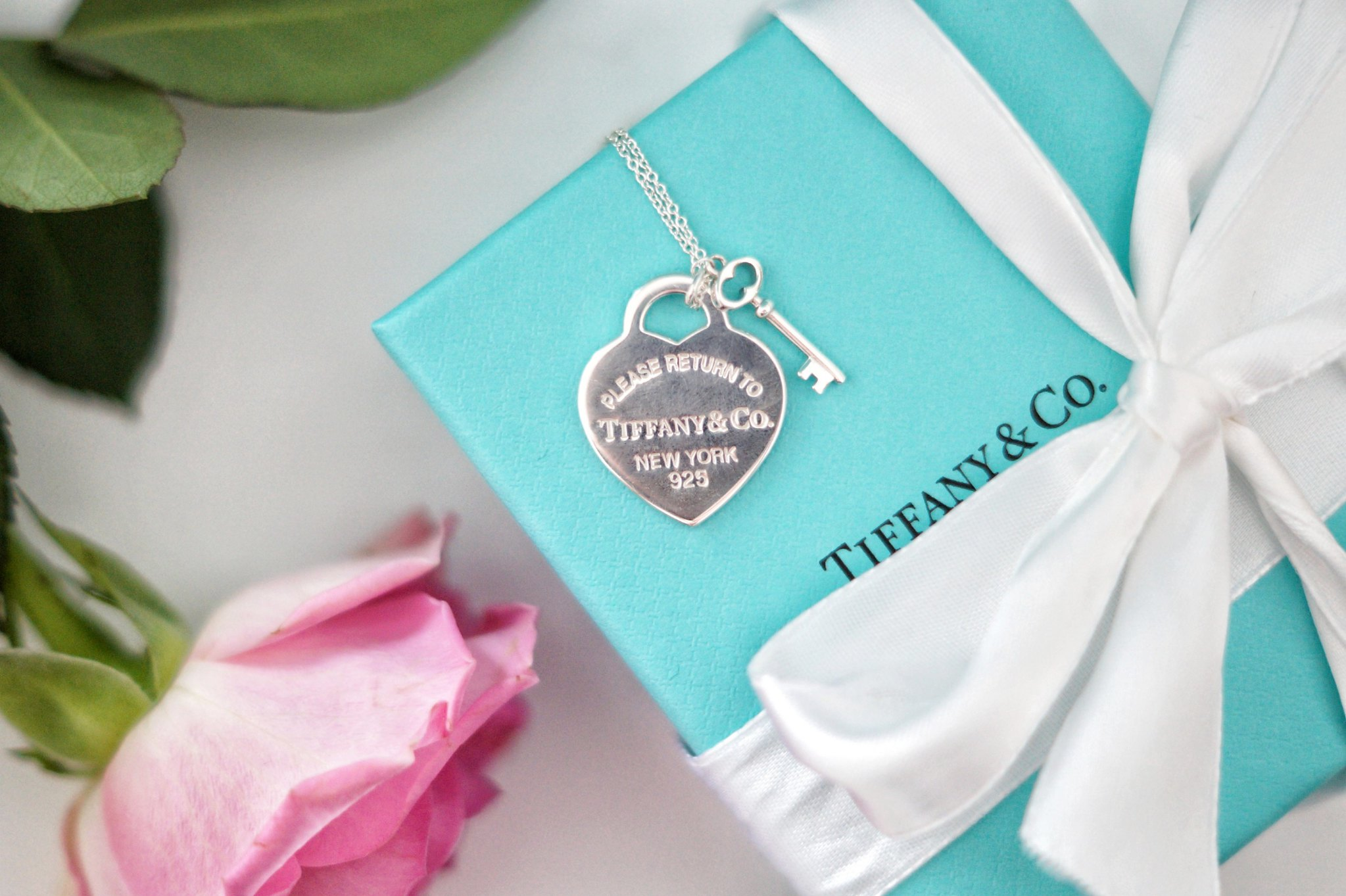 tiffany and co heart and lock necklace