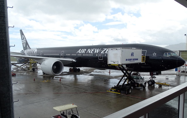 Air New Zealand Boeing 777-300ER ZK-OKQ