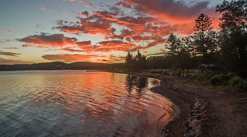 dji phantom3advanced fc300s drone quadcopter sunset reflections lake clouds shoreline speerspoint lakemacquarie