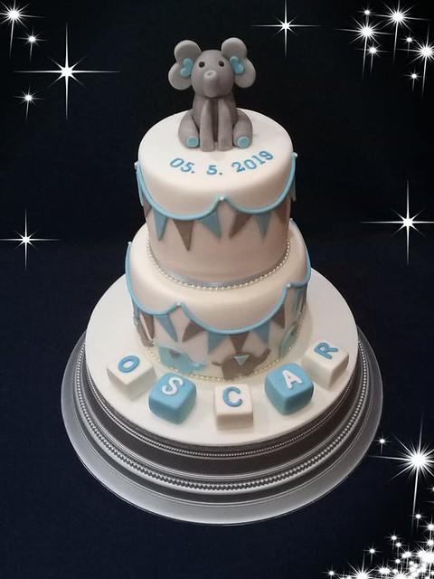 Cake by Dyva Cakes
