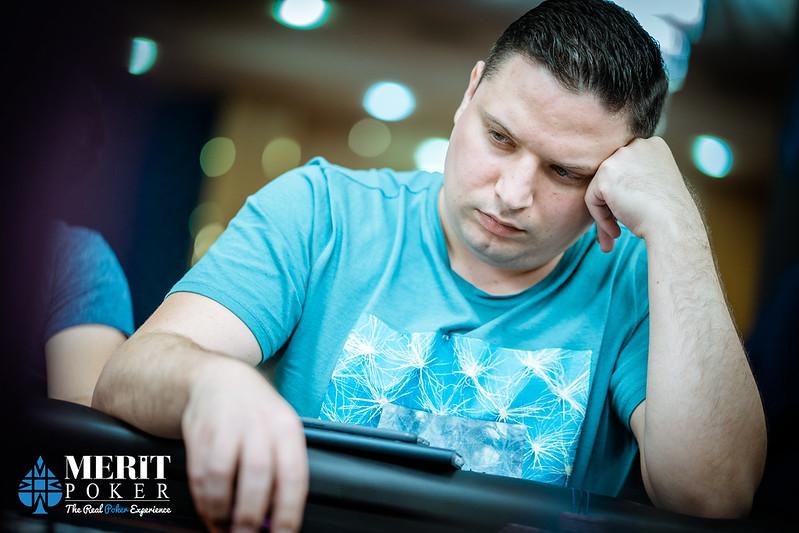 Играть в казино за чужие деньги