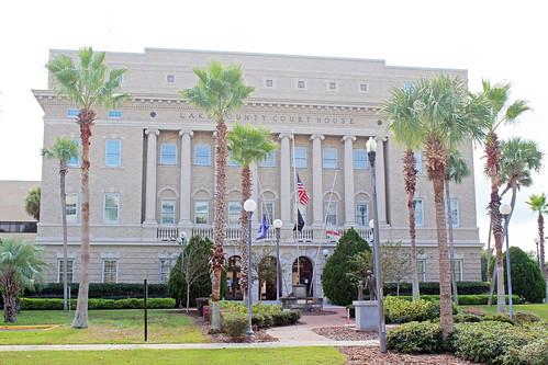 architecture governmentbuilding courthouse museum historical classicalrevival neoclassical palmtrees tavares florida unitedstates