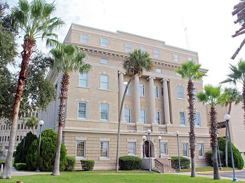 architecture governmentbuilding courthouse museum historical classicalrevival neoclassical tavares florida unitedstates