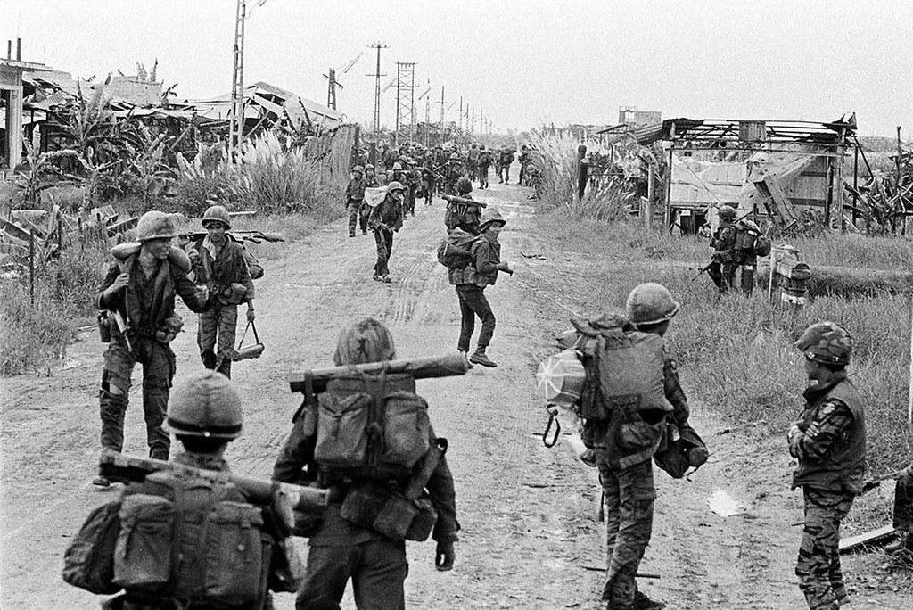 Vietnam War 1972 - Photo by A. Abbas - Quang Tri   VIETNAM (…   Flickr