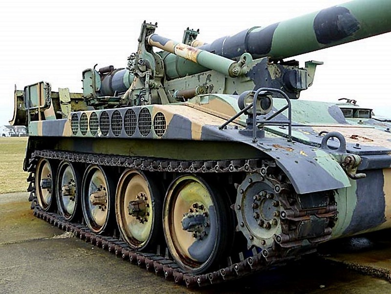 M110 Self Propelled 203mm Howitzer 00006