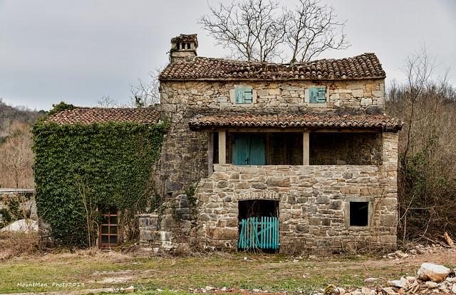 Kotle - primjer tipične tradicionalne seoske kuće u Istri