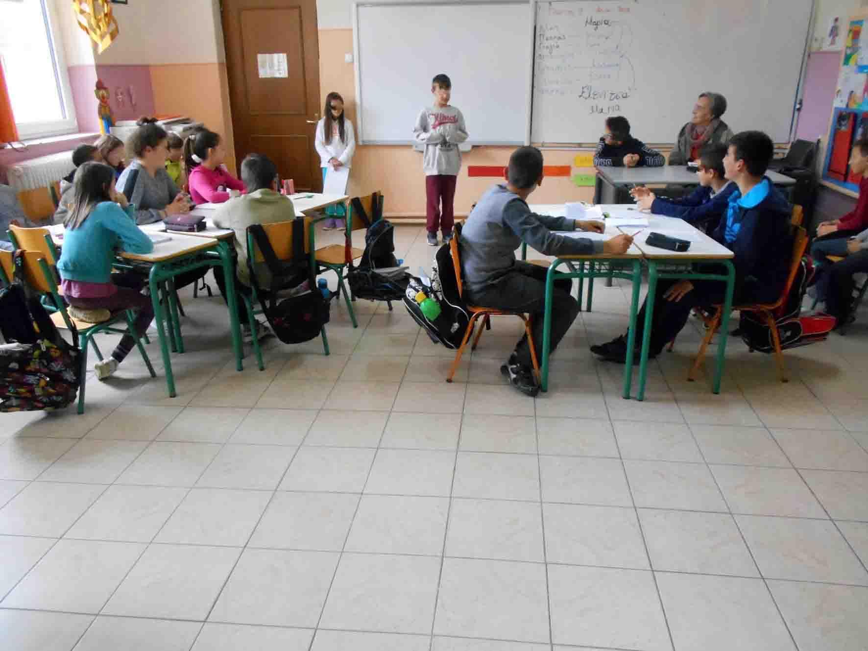 Η συγγραφέας κ. Πατρώνου-Παπατέρπου Χρυσούλα στο σχολείο μας