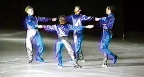 映画『氷上の王、ジョン・カリー』青く美しきドナウ