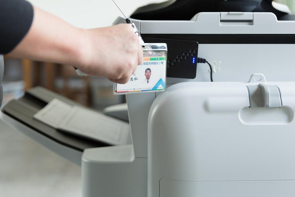 頂埔國小導入列印控管服務,減少列印資源和成本浪費。圖:吳宜靜攝
