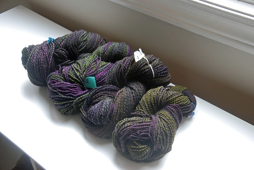 3-ply handspun Falkland wool yarn dyed by Sheepy Time Knits spun by irieknit