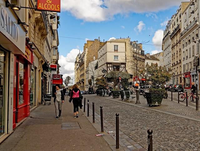 Montmartre / Rue Lepic / Rue De Mestre / Place Anne-Marie Carrière