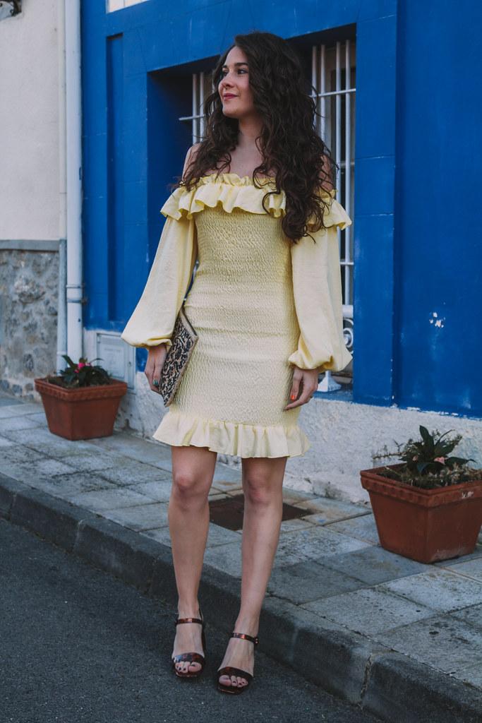 vest amarillo-7
