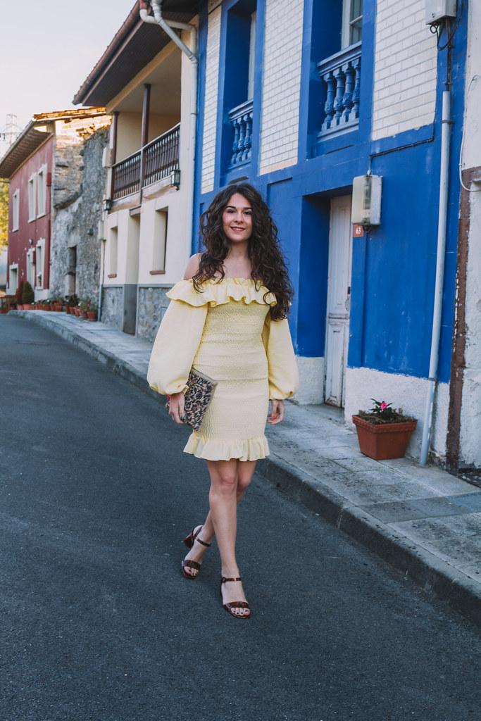 vest amarillo-5