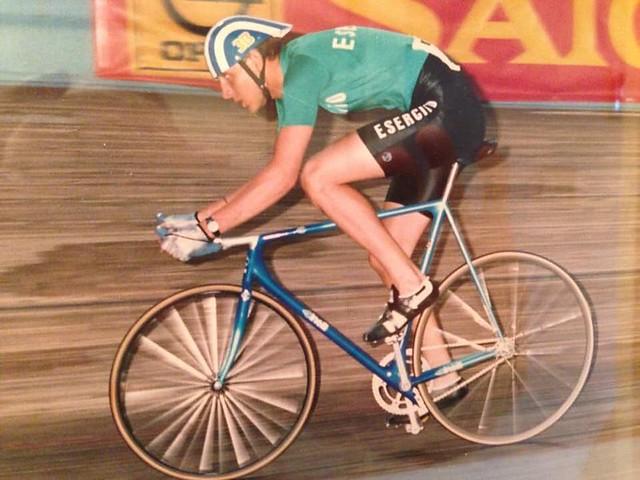 Cinelli Laser Evoluzione pista driven by an Italian Army athlete